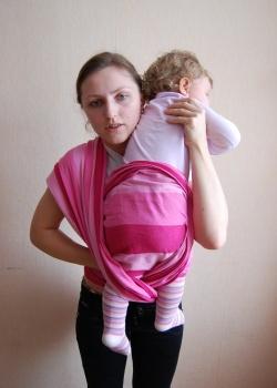 Как переложить ребенка из вертикального положения в колыбельку.