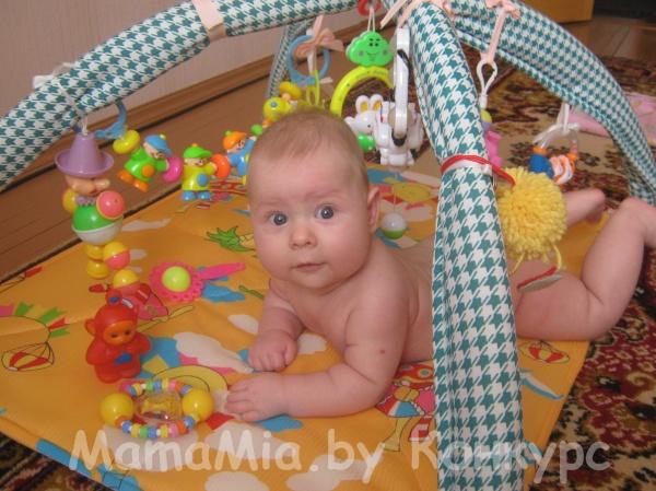 Дети 1 месяц своими руками